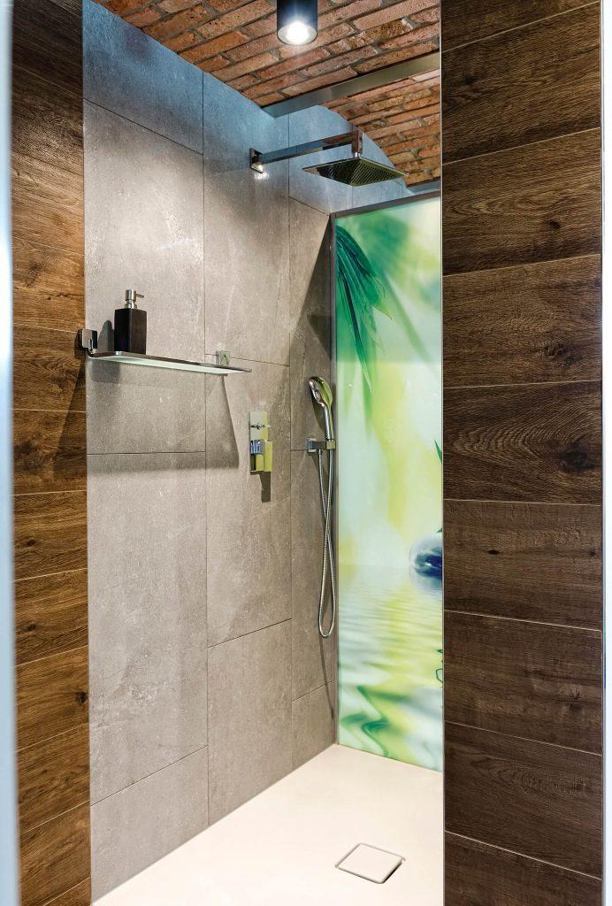 aranżacja piwnicy - prysznic